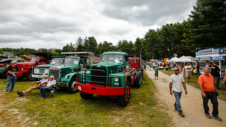 barringtontruckshow-2014-_Y9A3985.JPG1071